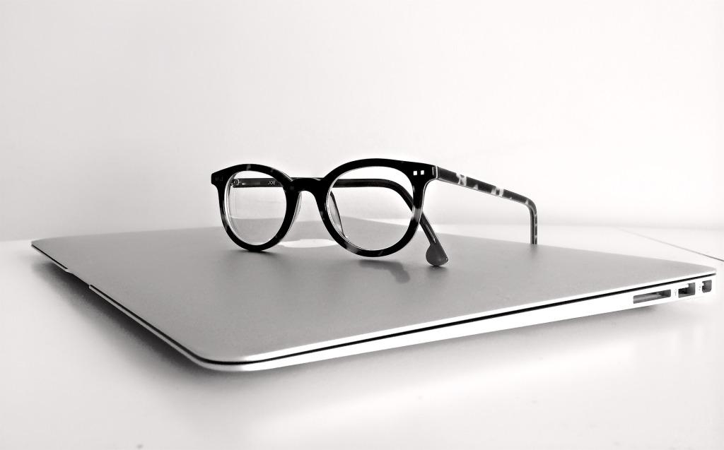 glasses laptop finished
